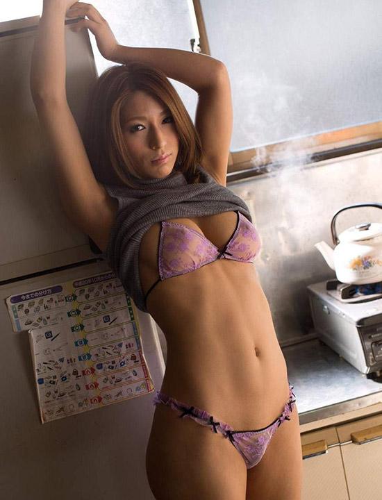 Nami Hoshino