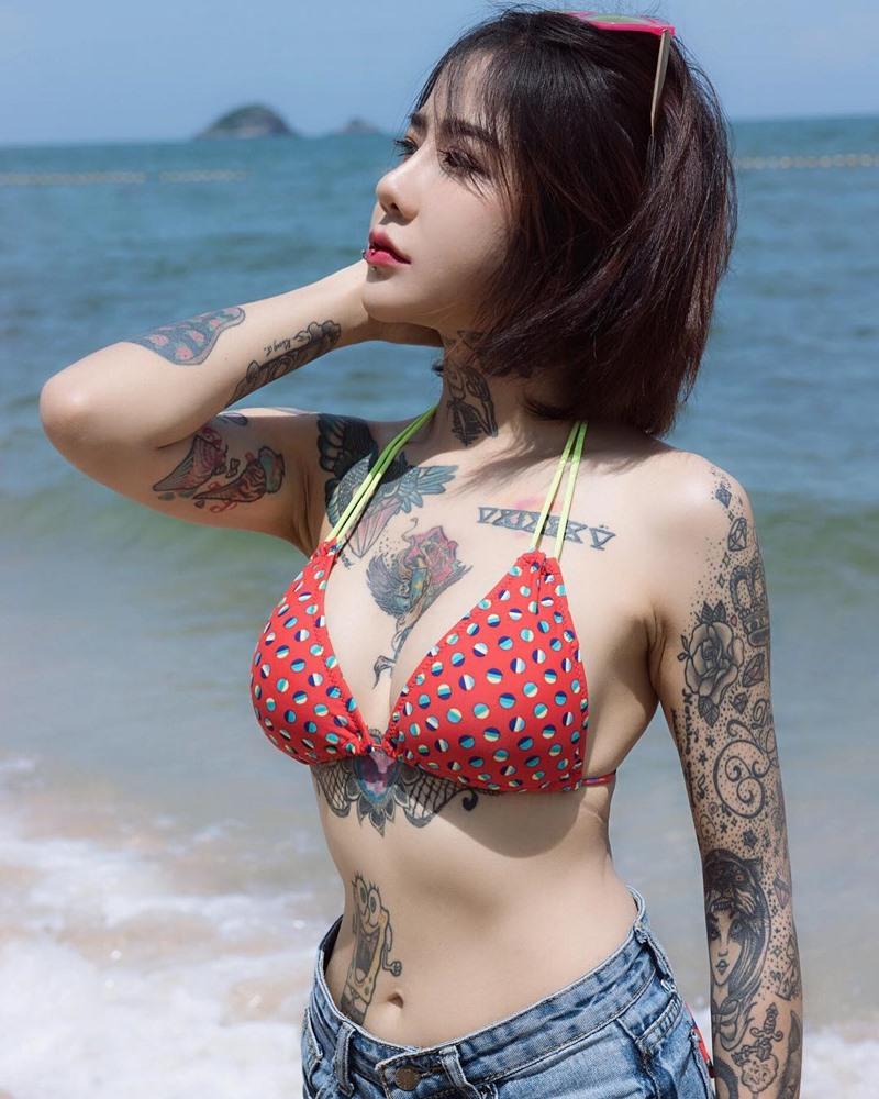 เลย์ ปัญญพัฒน์ Tattoo artist
