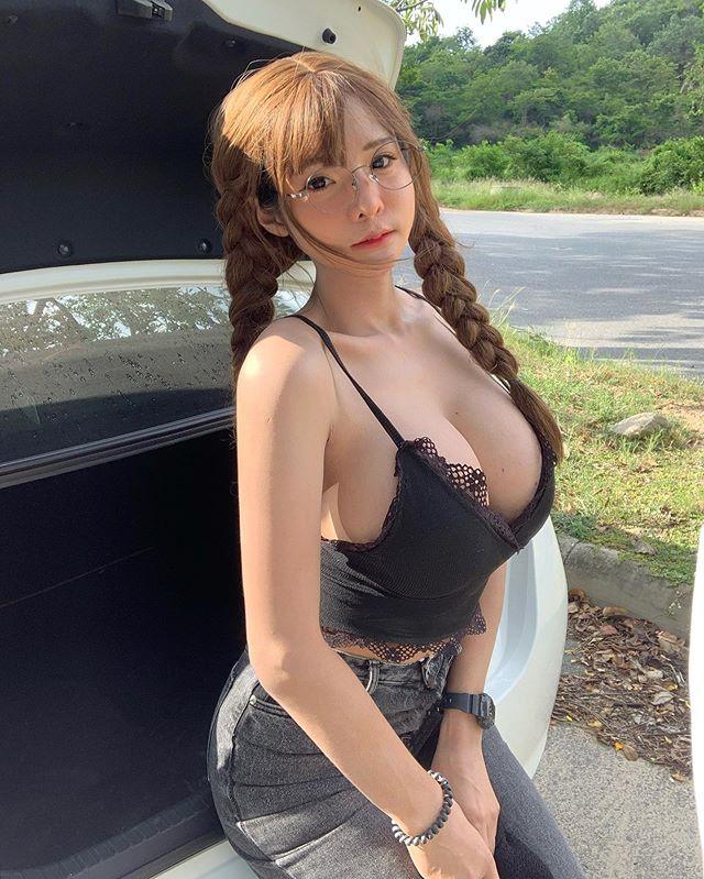 น้องโยชิ เน็ตไอดอลสุดเซ็กซี่